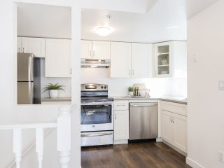 """Photo 11: 735 W 7TH Avenue in Vancouver: Fairview VW Townhouse for sale in """"The Fountains"""" (Vancouver West)  : MLS®# R2544086"""