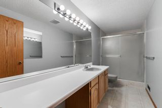 Photo 32: 75 Silverstone Road NW in Calgary: Silver Springs Detached for sale : MLS®# A1129915