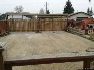 Photo 20: 42 MUSKA Bay in WINNIPEG: Maples / Tyndall Park Residential for sale (North West Winnipeg)  : MLS®# 1405551
