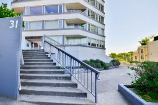 """Photo 4: 701 31 ELLIOT Street in New Westminster: Downtown NW Condo for sale in """"ROYAL ALBERT TOWER"""" : MLS®# R2065597"""