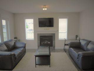 Photo 4: 3814 Whitelaw Place NW in Edmonton: Zone 56 House Half Duplex for sale : MLS®# E4253559