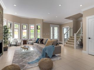 Photo 3: 5018 INMAN Avenue in Burnaby: Garden Village 1/2 Duplex for sale (Burnaby South)  : MLS®# R2614063