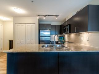 "Photo 9: 127 8915 202 Street in Langley: Walnut Grove Condo for sale in ""THE HAWTHORNE"" : MLS®# R2474456"