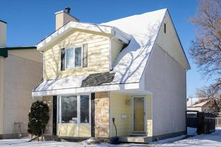 Photo 1: 73 Carriage House Road in Winnipeg: Residential for sale (2E)  : MLS®# 202102694