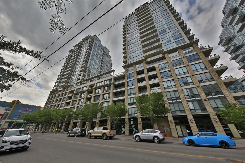 Main Photo: 538 222 Riverfront Avenue SW in Calgary: Chinatown Apartment for sale : MLS®# A1125580