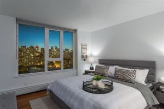 """Photo 2: 1901 188 KEEFER Street in Vancouver: Downtown VE Condo for sale in """"188 Keefer"""" (Vancouver East)  : MLS®# R2580272"""