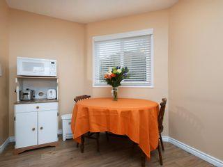 Photo 7: 209 726 Lampson St in : Es Rockheights Condo for sale (Esquimalt)  : MLS®# 863514