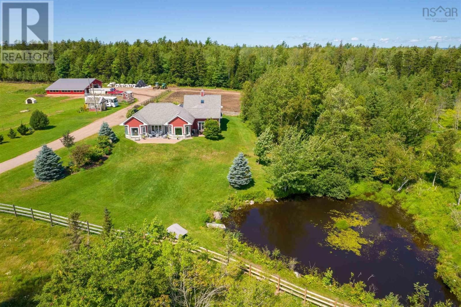 Main Photo: 11039 Highway 2 in Masstown: Agriculture for sale : MLS®# 202120399