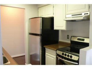 """Photo 4: 305 2885 SPRUCE Street in Vancouver: Fairview VW Condo  in """"FAIRVIEW GARDENS"""" (Vancouver West)  : MLS®# V1104941"""
