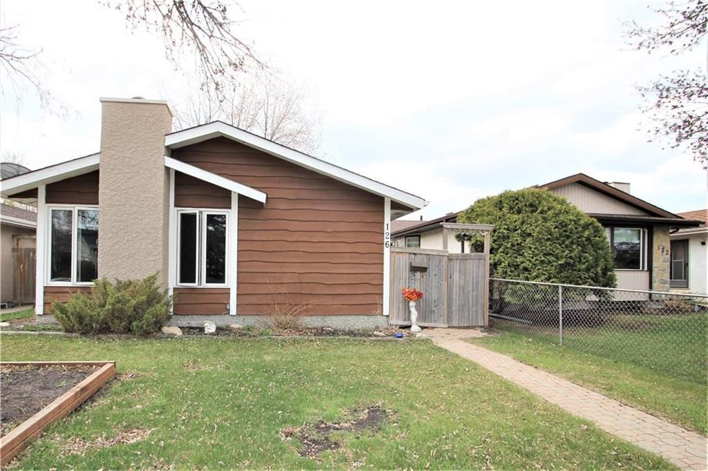 Main Photo: 126 Sage Wood Avenue in Winnipeg: Sun Valley Park Residential for sale (3H)  : MLS®# 202112217