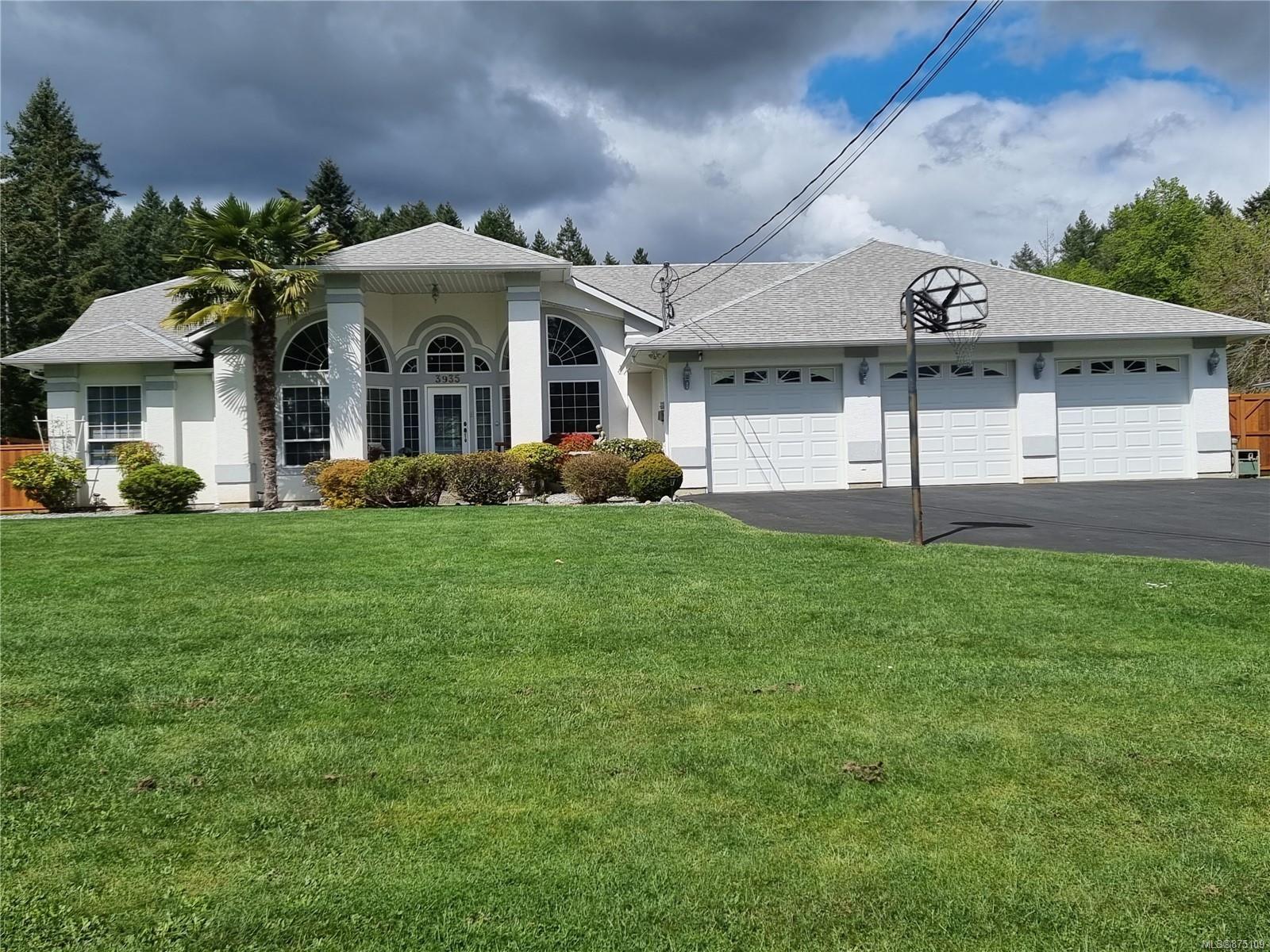 Main Photo: 3935 Moore Rd in : PA Alberni Valley House for sale (Port Alberni)  : MLS®# 875109