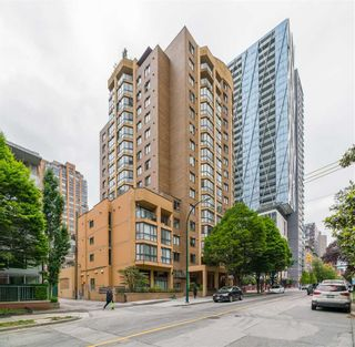 """Photo 26: 505 488 HELMCKEN Street in Vancouver: Yaletown Condo for sale in """"ROBINSON TOWER"""" (Vancouver West)  : MLS®# R2590838"""