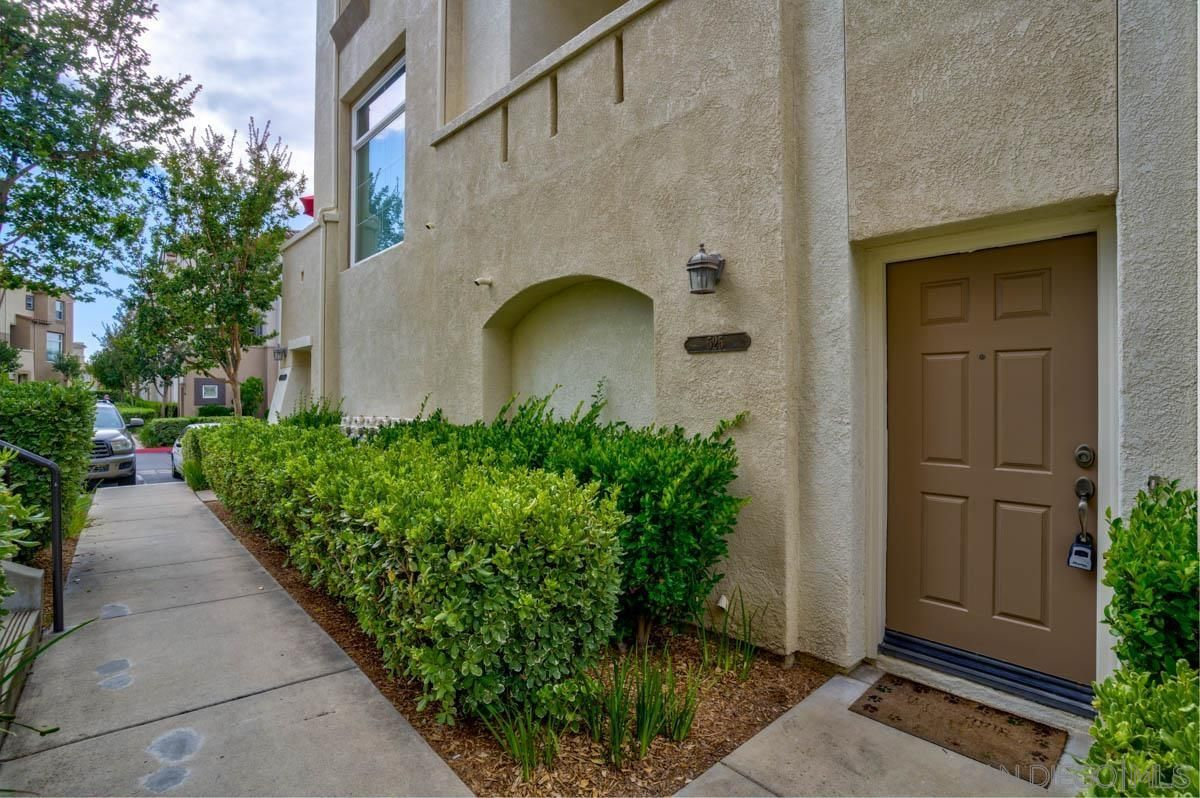 Main Photo: SAN MARCOS Townhouse for sale : 2 bedrooms : 525 Almond Rd