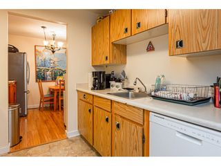 """Photo 8: 108 33850 FERN Street in Abbotsford: Central Abbotsford Condo for sale in """"Fernwood Manor"""" : MLS®# R2430522"""