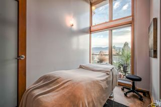 """Photo 10: 303 1529 W 6TH Avenue in Vancouver: False Creek Condo for sale in """"SOUTH GRANVILLE LOFTS"""" (Vancouver West)  : MLS®# R2349958"""