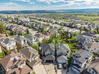 Photo 3: 106 Rockbluff Close NW in Calgary: Rocky Ridge Detached for sale : MLS®# A1111003