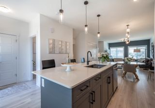 Photo 3: 33 JOYAL Way NW: St. Albert Attached Home for sale : MLS®# E4264929