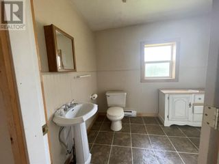 Photo 14: 3194 LITTLE LAKE-QUESNEL RIVER ROAD in Likely: House for sale : MLS®# R2602206
