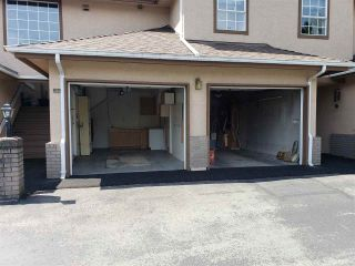 """Photo 19: 224 14861 98 Avenue in Surrey: Guildford Townhouse for sale in """"The Mansions"""" (North Surrey)  : MLS®# R2429452"""