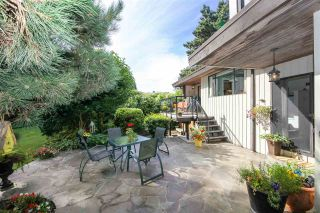 """Photo 19: 6427 CHAUCER Place in Burnaby: Buckingham Heights House for sale in """"BUCKINGHAM HEIGHTS"""" (Burnaby South)  : MLS®# R2402658"""