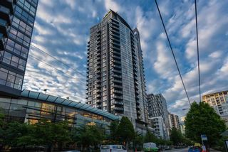 """Photo 15: 2506 1155 SEYMOUR Street in Vancouver: Downtown VW Condo for sale in """"Brava"""" (Vancouver West)  : MLS®# R2387101"""