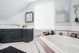 """Photo 13: 33067 CHERRY Avenue in Mission: Mission BC House for sale in """"Cedar Valley Development Zone"""" : MLS®# R2214416"""