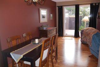 Photo 4: 17 Shearwater Bay in Winnipeg: Waverley Heights Single Family Detached for sale ()