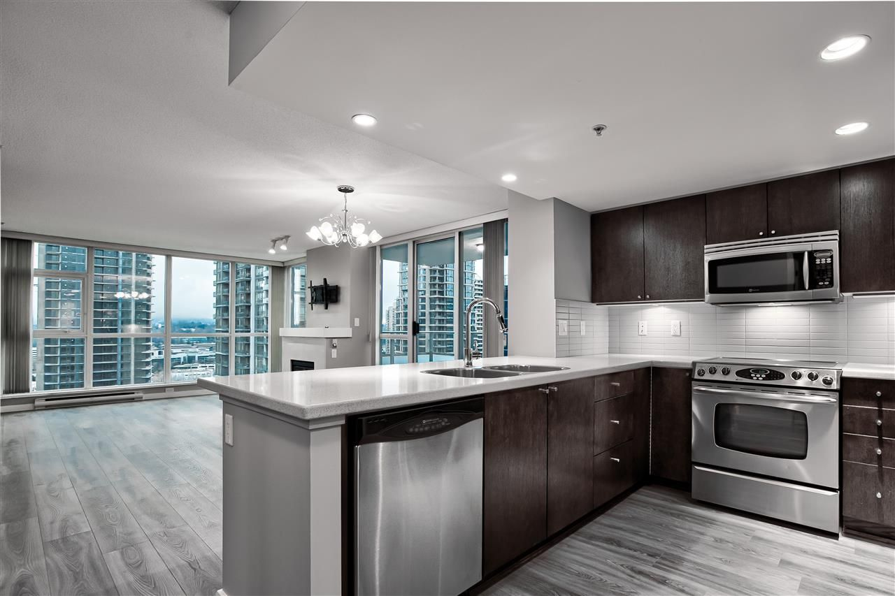 """Main Photo: 1505 4400 BUCHANAN Street in Burnaby: Brentwood Park Condo for sale in """"Motif"""" (Burnaby North)  : MLS®# R2522700"""