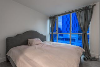 "Photo 14: 1004 1155 SEYMOUR Street in Vancouver: Downtown VW Condo for sale in ""BRAVA"" (Vancouver West)  : MLS®# R2327629"