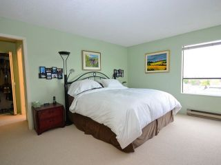 """Photo 6: 801 2150 W 40TH Avenue in Vancouver: Kerrisdale Condo for sale in """"WEDGEWOOD"""" (Vancouver West)  : MLS®# V921042"""