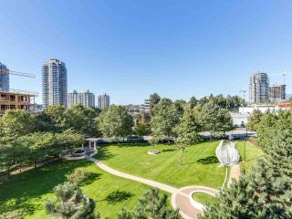 """Photo 9: 404 2138 MADISON Avenue in Burnaby: Brentwood Park Condo for sale in """"MOSAIC / RENAISSANCE"""" (Burnaby North)  : MLS®# R2212688"""