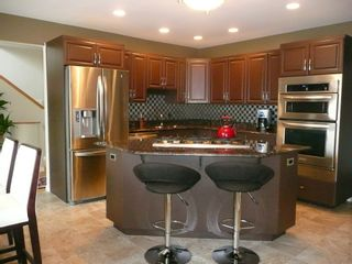Photo 7: 2466 Assiniboine Crescent in : Silver Heights Single Family Detached for sale