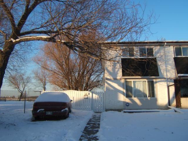 Main Photo: 44 Paulley Drive in WINNIPEG: Transcona Residential for sale (North East Winnipeg)  : MLS®# 1021738