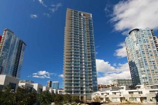 "Photo 1: 1106 188 KEEFER Place in Vancouver: Downtown VW Condo for sale in ""ESPANA"" (Vancouver West)  : MLS®# R2473891"