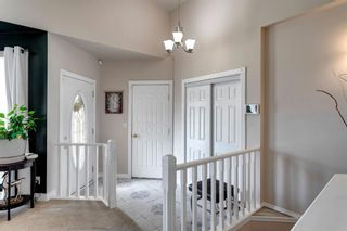 Photo 5: 60 Shawfield Way SW in Calgary: Shawnessy Detached for sale : MLS®# A1113595