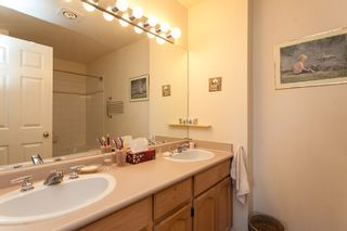 "Photo 14: 118 9012 WALNUT GROVE Drive in Langley: Walnut Grove Townhouse for sale in ""Queen Anne Green"" : MLS®# R2065366"