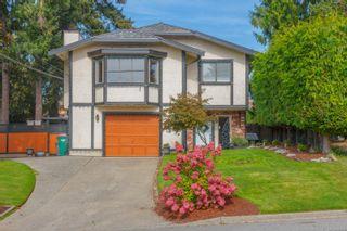 Photo 2: 770 Mann Ave in Saanich: SW Royal Oak House for sale (Saanich West)  : MLS®# 855881