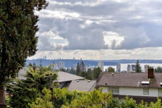 Photo 7: 2356 OTTAWA Avenue in West Vancouver: Dundarave House for sale : MLS®# R2624962