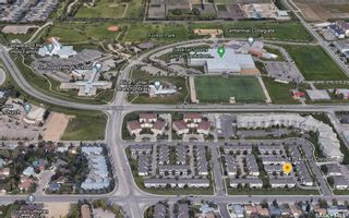 Photo 2: 33 410 Keevil Crescent in Saskatoon: Erindale Residential for sale : MLS®# SK833520