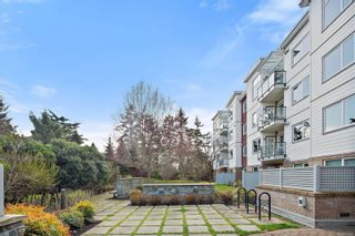 Photo 10: 211 4394 West Saanich Rd in : SW Royal Oak Condo for sale (Saanich West)  : MLS®# 870126