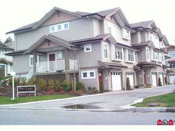 Main Photo: 402 9580 Prince charles in Surrey: Townhouse for sale : MLS®# F1402195