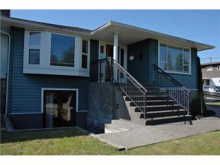 Photo 1: 1090 CLOVERLEY ST in North Vancouver: Calverhall House for sale : MLS®# V841531