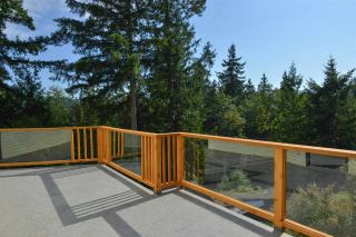 Photo 5: 5704 CARMEL Place in Sechelt: Sechelt District House for sale (Sunshine Coast)  : MLS®# R2122869