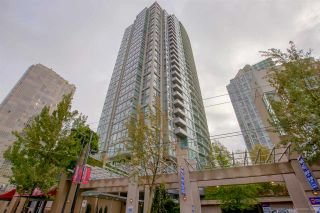 "Photo 1: 3005 1008 CAMBIE Street in Vancouver: Yaletown Condo for sale in ""WATERWORKS"" (Vancouver West)  : MLS®# R2214734"