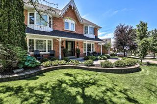 Photo 2: 39 Library Lane in Markham: Unionville House (3-Storey) for sale : MLS®# N4794285