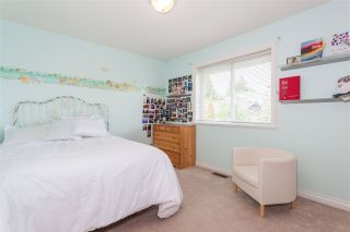 Photo 11: 3749 CLINTON Street in Burnaby: Suncrest House for sale (Burnaby South)  : MLS®# R2445399