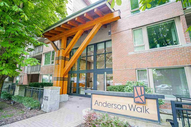 FEATURED LISTING: 423 - 119 22ND Street West North Vancouver