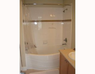 """Photo 6: 313 2280 WESBROOK MALL BB in Vancouver: University VW Condo for sale in """"KEATS HALL"""" (Vancouver West)  : MLS®# V712066"""