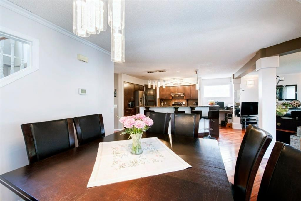 Photo 14: Photos: 10 MT BREWSTER Circle SE in Calgary: McKenzie Lake Detached for sale : MLS®# A1025122