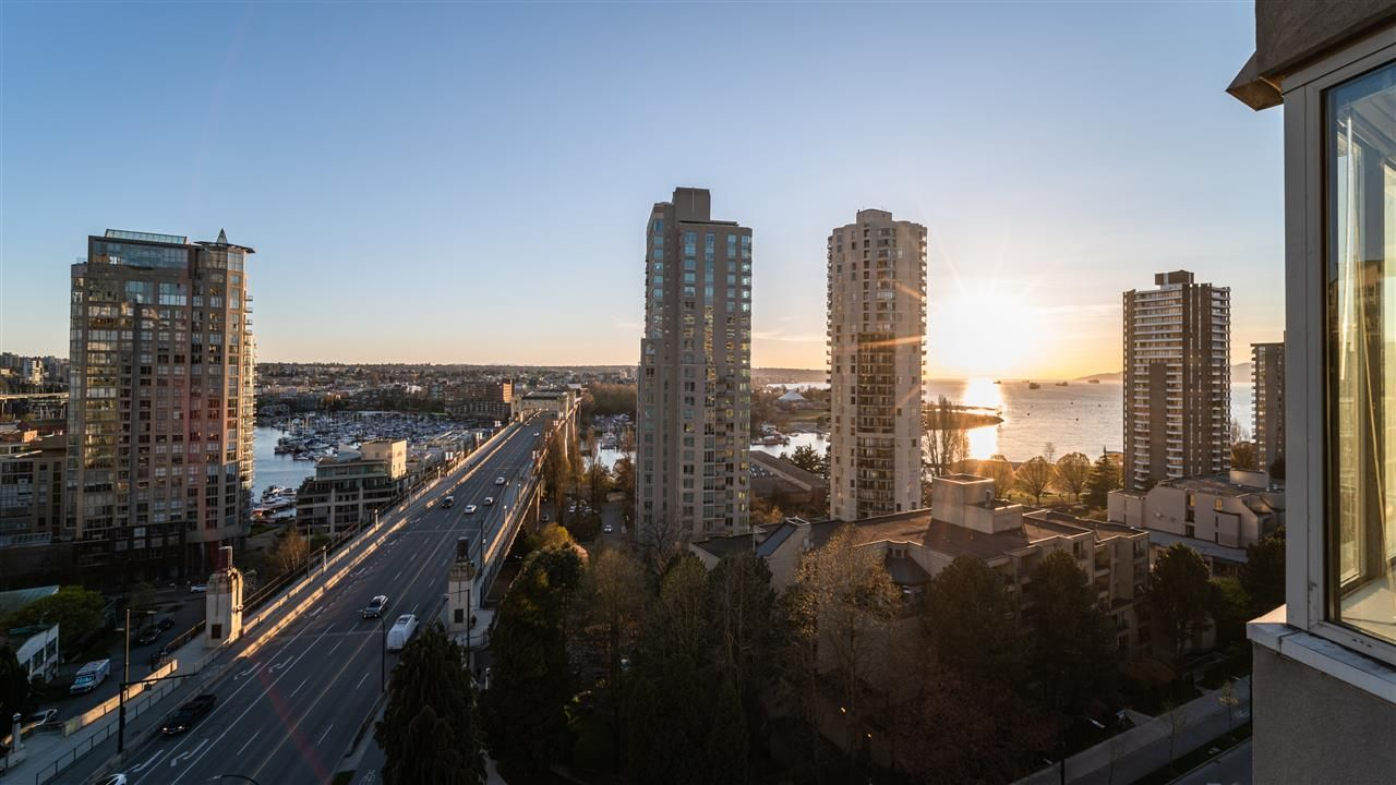 "Main Photo: 1403 1003 PACIFIC Street in Vancouver: West End VW Condo for sale in ""SEASTAR"" (Vancouver West)  : MLS®# R2566718"